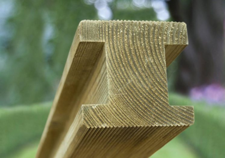 Planed & Ribbed Pine H Posts
