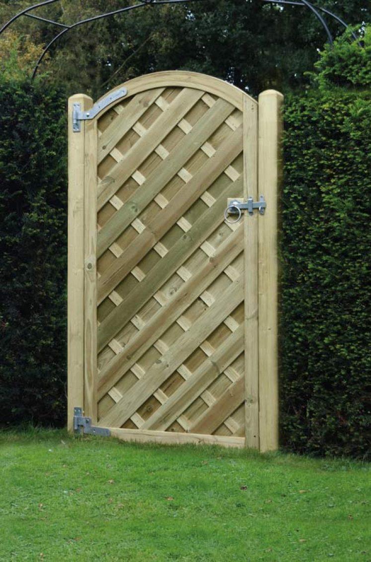 'V' Arched Gate