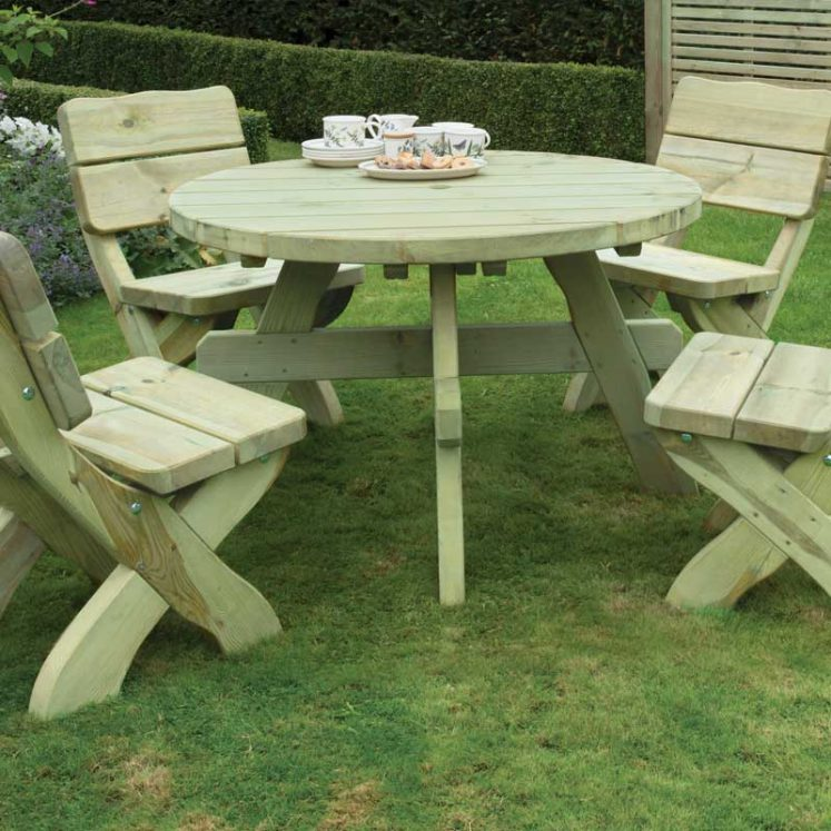 Country Style Round Table