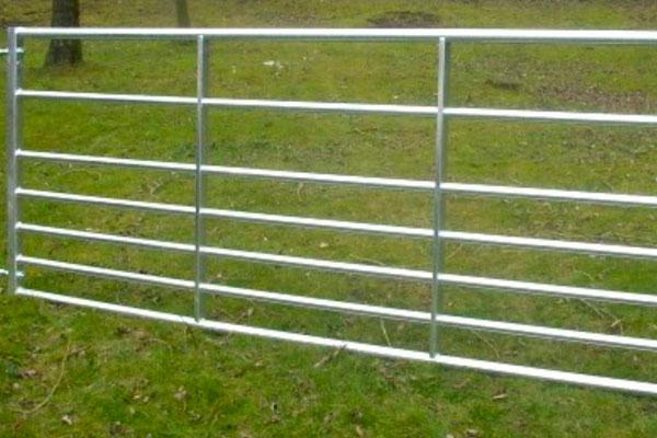 Farmland Metal Gates in Ashford, Kent
