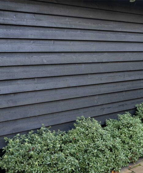 Black Double Painted Featheredge Boards